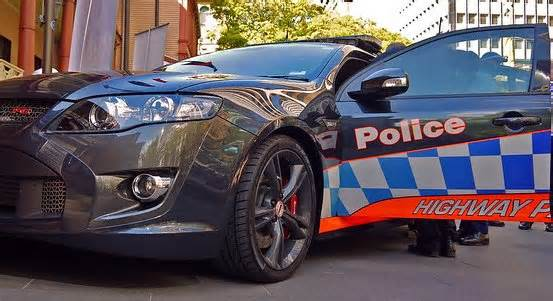 Disqualified driver charged after vehicle stop – Lindfield
